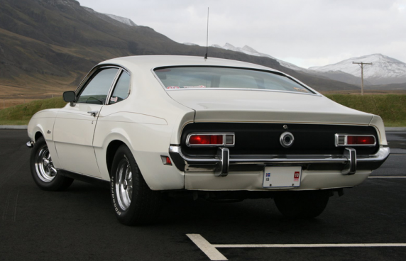 Ford Maverick Back