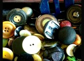 The Buttons in Aunt Helen&#039;s Button Collection